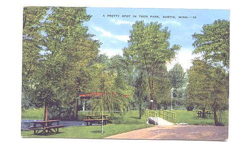 Picinc Tables, Todd Park, Austin, Minnesota