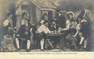 Austria Tobias Wilhelms Tiroler Sänger und Tänzer Gesellschaft 03.09