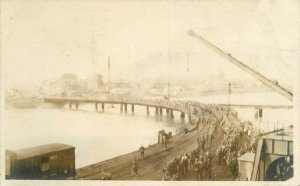 C-1918 Waterfront Pier Military WW1 Soldiers Embankment RPPC Photo Postcard 7568