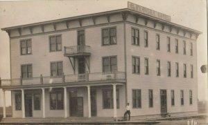 RP: VONDA , Saskatchewan, 1900-10s ; Alexander Hotel