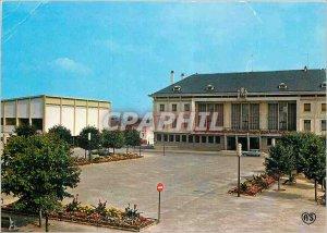 Modern Postcard Argentan (Orne) Place de l'Hotel de Ville