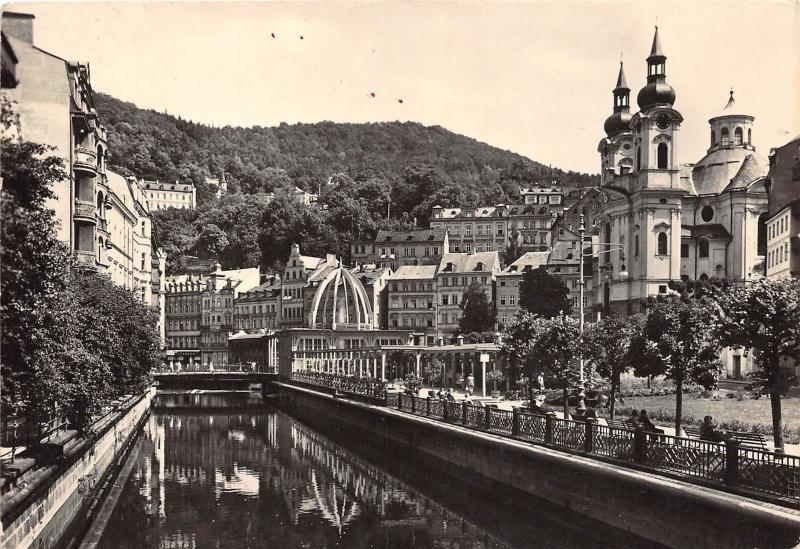 B44657 Karlovy Vary River Tepla and the Geyser     czech