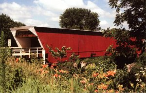 IA - Winterset. Holliwell Covered Bridge