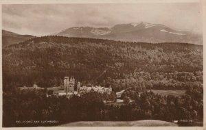 Scotland Postcard - Balmoral and Lochnagar   RS24279