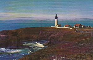 Oregon Newport Yaquina Head Lighthouse