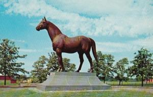 Kentucky Lexington Faraway Farm Man O'War Statue