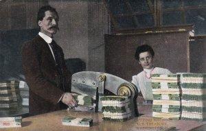 WASHINGTON D. C., 1900-10s ; Cutting Machine U.S. Treasury