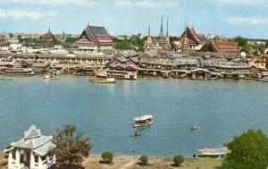 Thailand - Dhonburi, Overlooking Bangkok at Wat Po