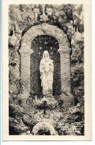 West Bend, IA - Statue, Grotto - RPPC