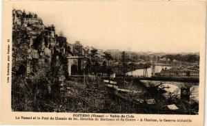 CPA POITIERS - Vallée du Clain Le Tunnel et le Pont du Chemin de fer (255733)