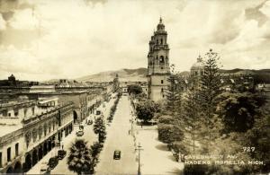 mexico, MORELIA, Michoacán, Catedral y Av. Madero (1953) RPPC