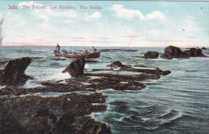 JAFFA , Israel , 00-10s ; People On A Boat, Die Felsen, Les Rochers, The Rocks