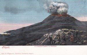 NAPOLI, Campania, Italy, 1900-10s; Il Vesuvio-Cratere in eruzione