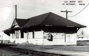 St Anthony Idaho UP Train Depot Real Photo Antique Postcard J74051