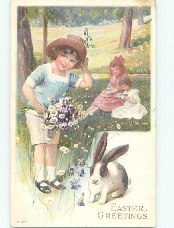 Divided-Back CHILDREN AT EASTER SCENE Great Postcard AA1809