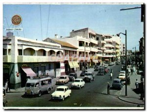 Postcard Modern L & # 39Avenue Gambetta Senegal Lucky Strike Cigarette Smoking