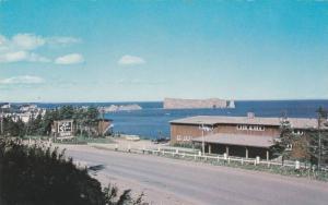 La Cote Surprise Hotel- Restaurant, La Gaspesie, Quebec, Canada, PU-1970