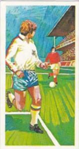 Brooke Bond Trade Card Play Better Soccer No 7 Retreating In Defence