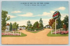 Folkston Georgia~Kozy Kabin Kamp~Circular Drive Along Cabins~1953 Roadside