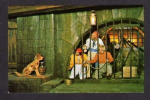 FL Disney World Pirates Caribbean Jail Dog Key FLORIDA Amusement Park Ride