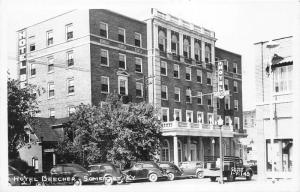 Somerset Kentucky~Hotel Beecher~NICE 1940s Cars & Pickup Truck in Street~RPPC
