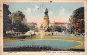 BR17023 Lyon la place carnot et le monument de la republique    france