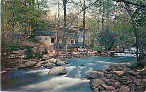 Carr's Northside Cottages, Roaring Fork Creek Gatlinburg TN