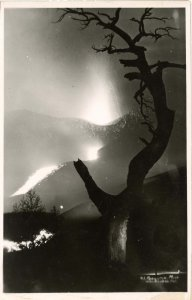 Mexico - Paricutin Volcano Eruption, 1943.   *RPPC