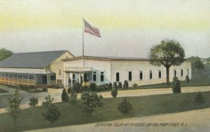 PAWTUXET , Rhode Island , 1900-10s ; Bowling Alley at Rhodes