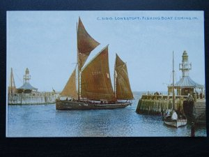 Suffolk Sailing Boat LOWESTOFT Reg LT741 Fishing Boat Coming In - Old Postcard