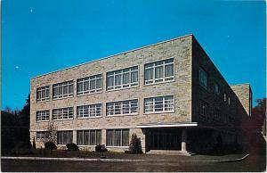Boston College Chestnut Hill McElroy Commons Massachusetts
