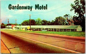 VILLA RIDGE, Missouri ROUTE 66 Roadside Postcard GARDENWAY MOTEL c1960s Chrome