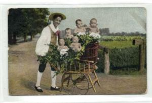 Multiple Babies Bebes, Flower Seller with Cart (1905)