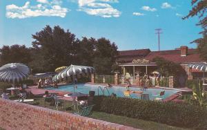 DALLAS, Texas, 1940-1960s; Town House, Swimming Pool