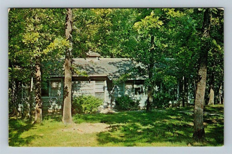 Hardin KY-Kentucky, Vacation Cottage, Kentucky Lake State Park, Chrome Postcard