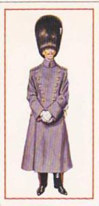 Carreras Vintage Cigarette Card Military Uniforms 1976 No 36 Officer 1914 Gre...