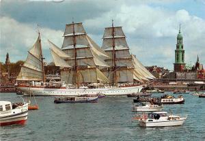 Hamburg Hafen Marine-Schulschiff Gorch Fock Bateaux Boats