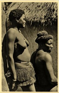 PC CPA ETHNIC NUDE FEMALE GUINEA TYPE GIRL Vintage Photo Postcard (b614)