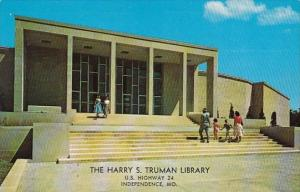 Missouri Independence Entrance To The Harry S Truman Library