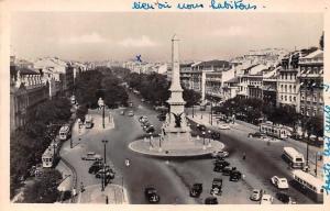 Portugal Lisboa Avenida da Liberdade Statue Square Voitures Vintage Cars