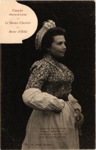CPA Cholet - Le Bonnet Charlotte - Bonne d'Hotel - Folklore - Types (483206)