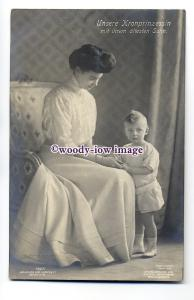 r1018 - German Royalty - Crown Princess of Prussia & her eldest son - postcard