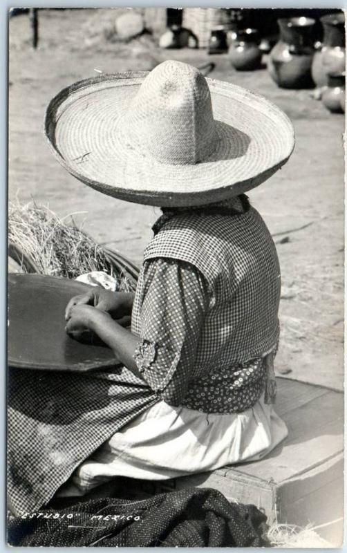 MEXICO RPPC Real Photo Postcard ESTUDIO MEXICO Woman in Large Sombrero c1940s
