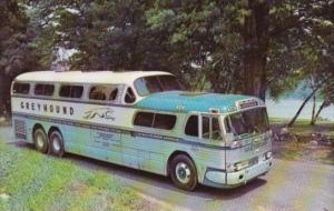 Bus Greyhound Scenicruiser