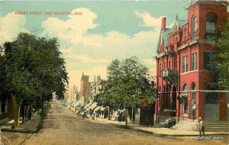 East Palestine Ohio~Man Enters Hotel McComb~2nd Story Balcony~Market St Postcard