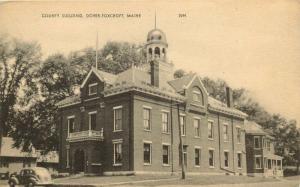 Dover-Foxcroft, Maine, ME, County Building, Unused Vintage Postcard e7834