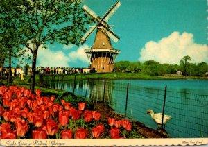 Michigan Holland Windmill Island De Zwaan The Swan Windmill At Tu...