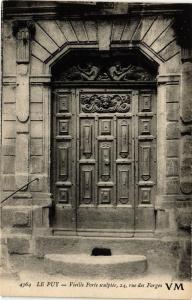 CPA LE PUY- Vieille porte sculptee  (159808)