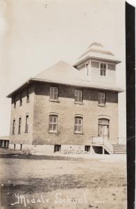 RP: MIDALE , Saskatchewan, Canada, 1900-10s ; Middle School