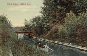 ORILLIA , Ontario, Canada, 1912 ; Cedar Island , Canoe